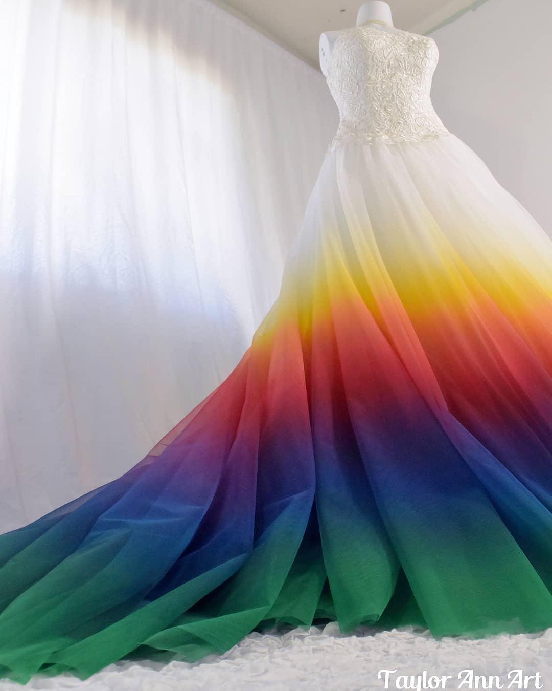 Dip Dye Wedding Dresses By Taylor Ann Linko,Luxury Wedding Princess Corset Princess Wedding Dresses