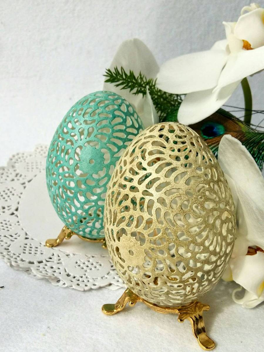 goose egg shell carving 1
