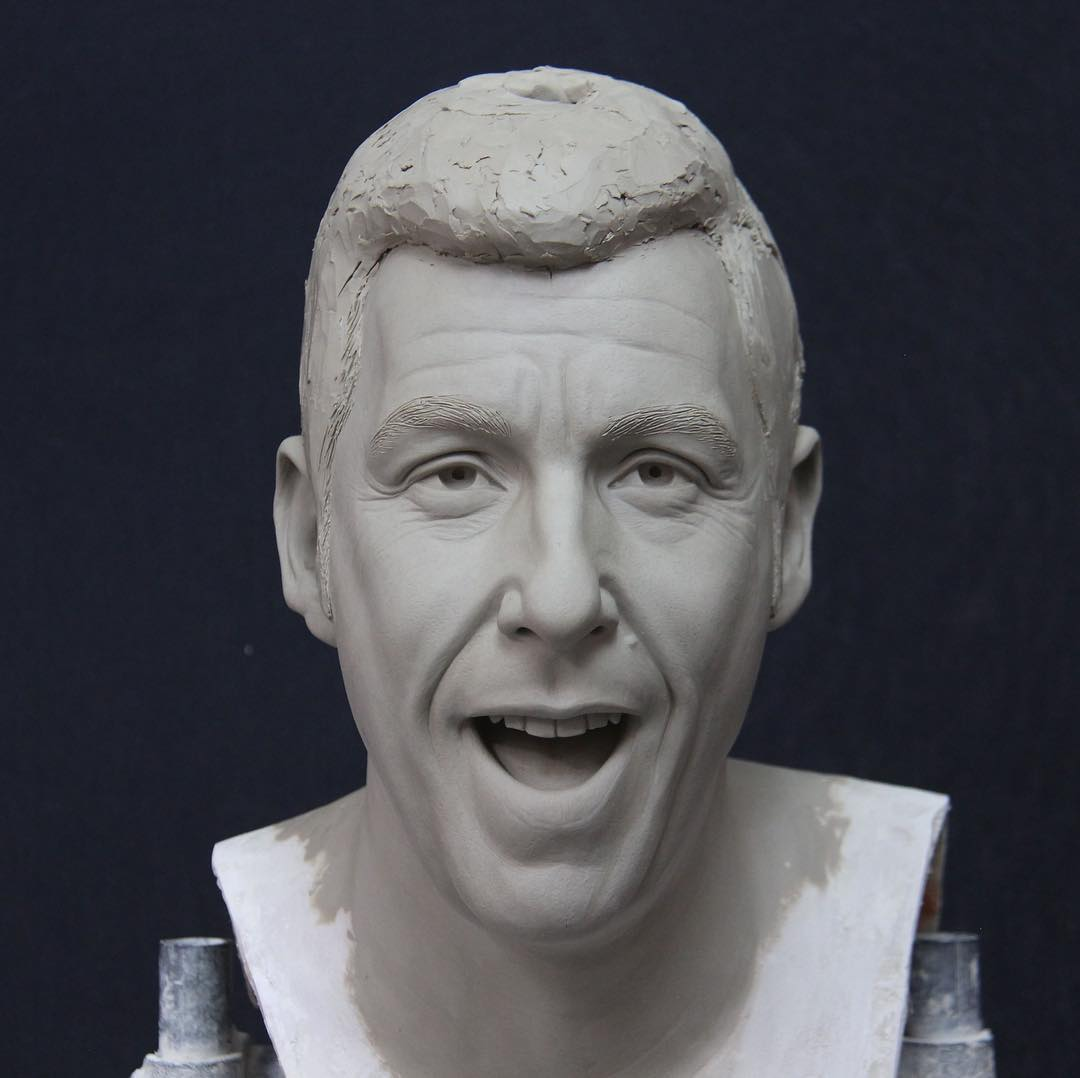 Renowned Sculptor Teaches Sculpting Techniques Through Her Online Course 3