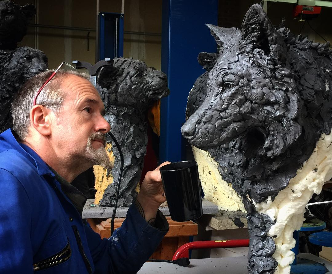 Self-Taught Sculptor Gains World Recognition For Stunning Bronze Sculptures 2