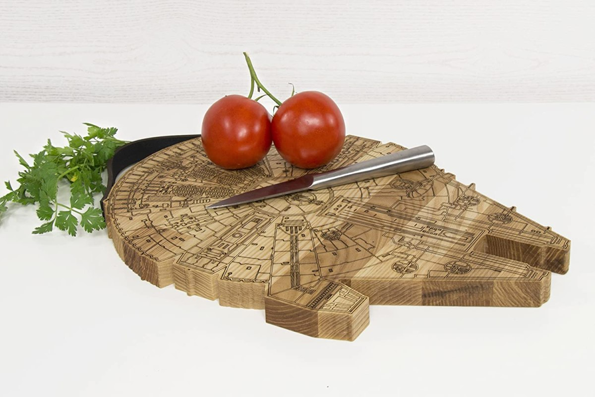 millennium falcon wooden cutting board 2