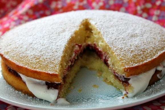 Victoria Sponge Cake | How to be Awesome on $20 a Day