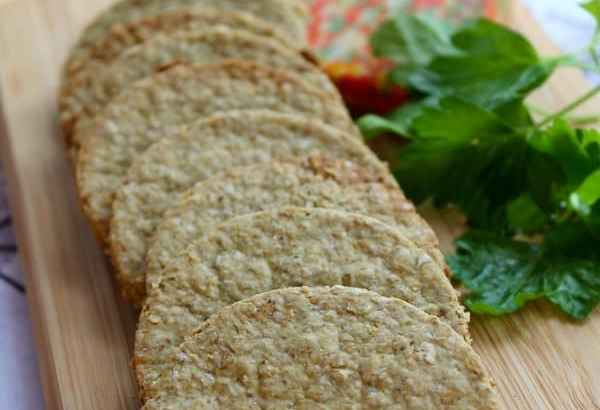 Homemade Oatcakes | How to be Awesome on $20 a Day