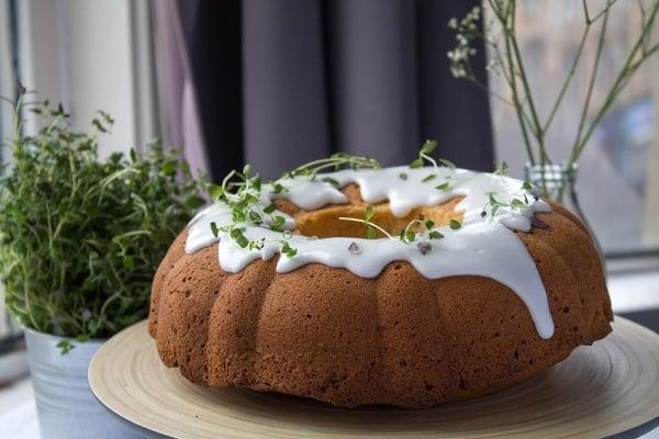 Lemon & Thyme Pound Cake