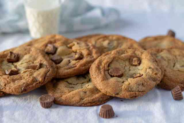 Peanut Butter Cup Cookies with mini peanut butter cups
