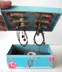 The 10 minute jewellery box transformation