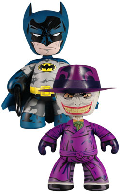 https://i2.wp.com/awesometoyblog.com/wp-content/uploads/2010/02/Batman-Mezco-Exclusives.jpg