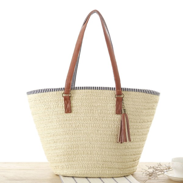 Solana Beach Straw Tassel Shoulder Bag
