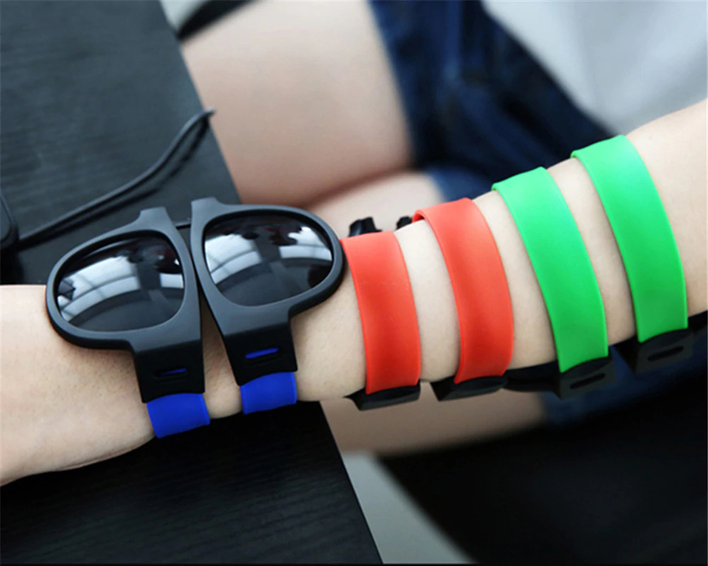 Fancy Slap Wristband Men Polarized Sunglasses 3
