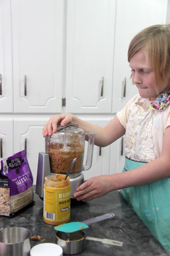 Making Peanut Butter Muesli Snack Bites