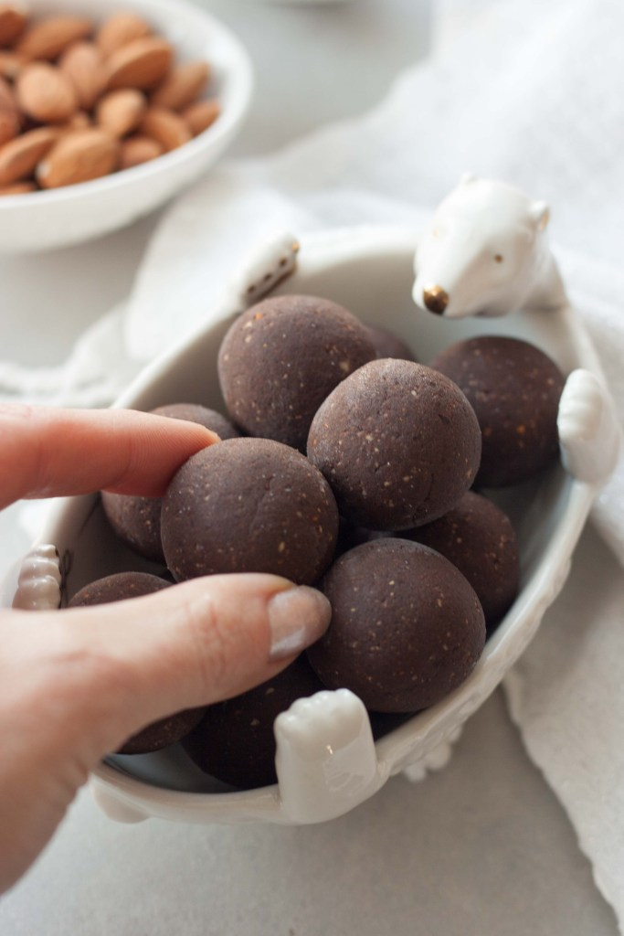 Peppermint Brownie Protein Truffles are decadent easy to makebrownietruffleswith a hint ofmintthat are healthy and packed with superfoods and protein! No bake, gluten free, dairy free, vegan, plant-based, paleo.
