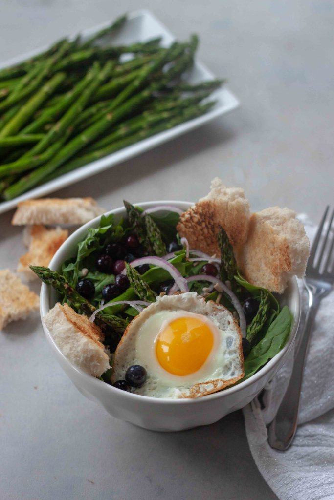 Pickled Blueberry Breakfast Salad