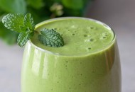 Minty Matcha Pineapple Green Smoothie