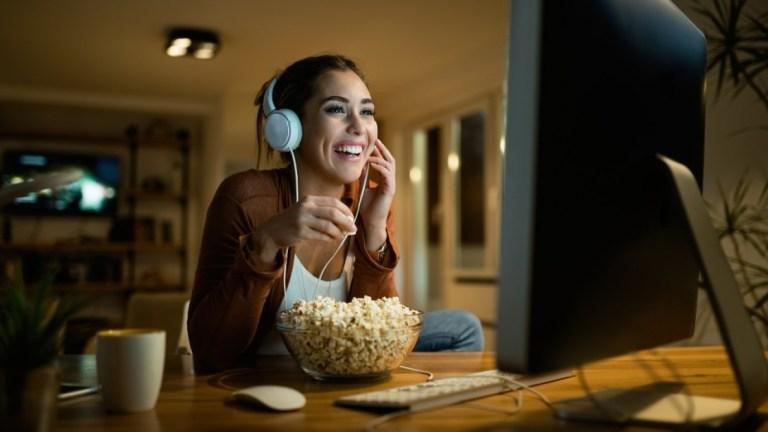 Виртуальная ночь кино: как устроить вечеринку с часами