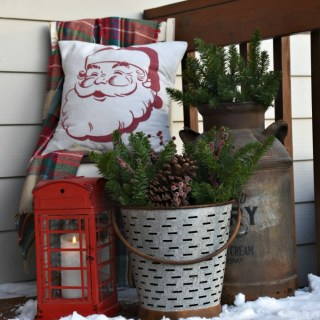 Christmas Front Porch Decor #Christmasporch #porchdecor #Christmasfrontporch #awonderfulthought