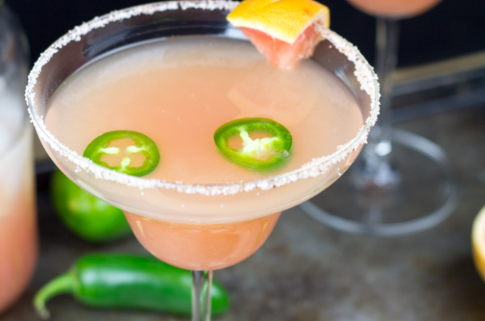 30 Lip Smackin' Margarita Recipes #margarita #recipes #margaritarecipes #cocktails #cincodemayo #alcohol #awonderfulthought