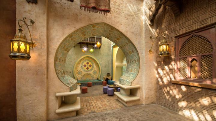 n017739_2050jan01_agrabah-cafe_16-9