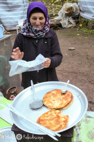 iran-backpacking-qaleh-rudkhan-pancake