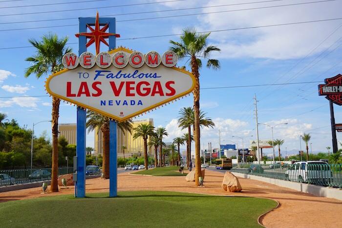 Las Vegas 101_Welcome to Las Vegas Sign