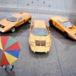 Drei Generationen des Mercedes-Benz Forschungsfahrzeugs C 111: C 111/II von 1970 (Mitte), C 111-I von 1969 (links) C 111/I, die erste Prototypen-Version C 111-I  (rechts).