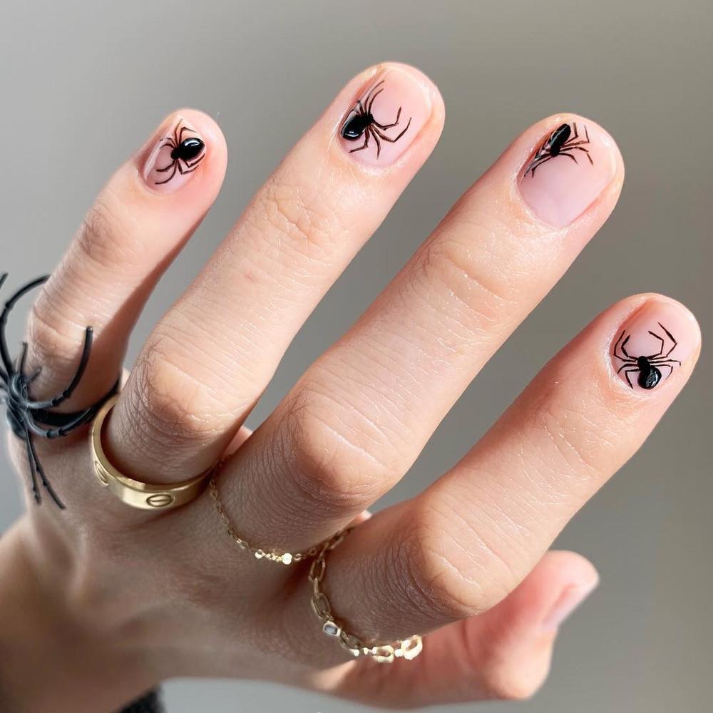 uñas de arañas