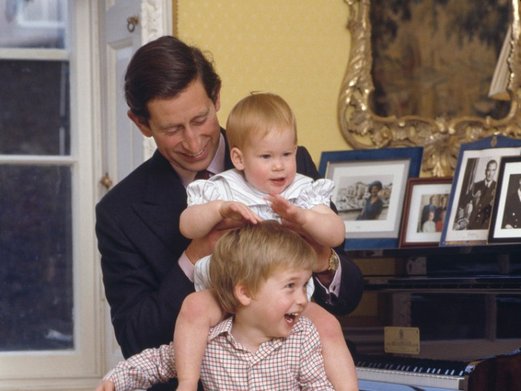 Esta era la estratagema que usaba el príncipe Carlos para que sus hijos sonriesen en las fotos