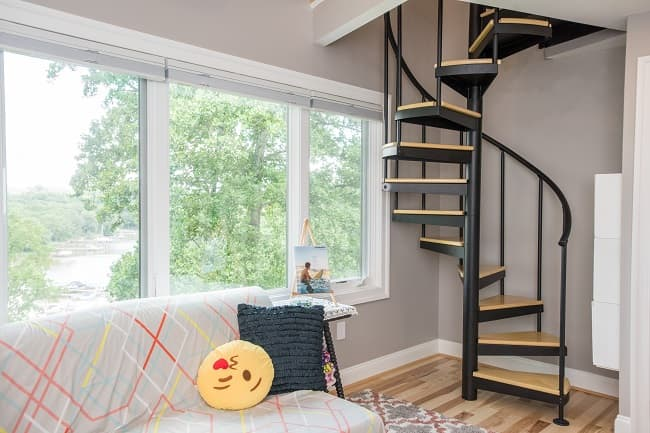 How To Use Small Lofts To Maximize Space