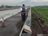 Perbaikan Talut Ambrol di Tol Salatiga-Kartasura Makan Waktu 4 Hari