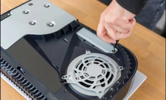 PS5: كيفية تثبيت M.2 SSD