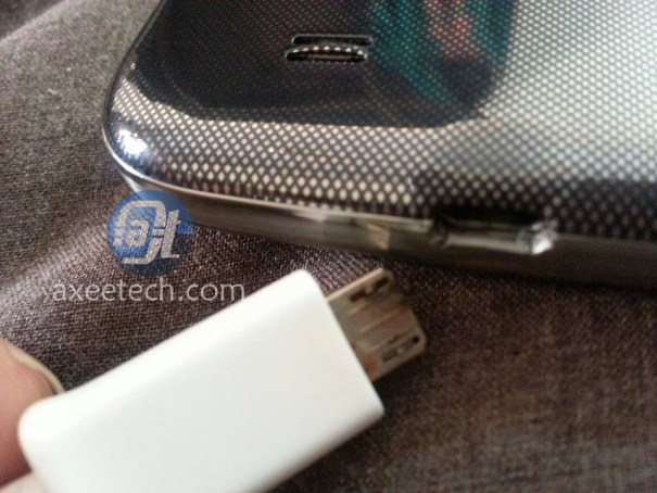Galaxy S4 burns, Burnt galaxy s4, samsung galaxy S4 burned issue, Samsung galaxy S4 charging issue, galaxy S4 burned while charging, Galaxy S4 heat issueX S4 burned, Samsung S4 burnt while on charge, Galaxy S4 battery burnt, Galaxy S4 issue, Galaxy S4 charging, Galaxy S4 heat issue (1) (3)