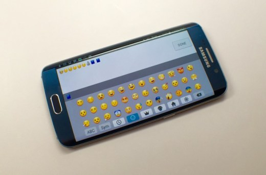 Galaxy-S6-Edge-Emoji-Keyboard-720x475