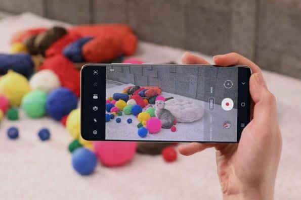 三星顯示器推出針對 5G 智慧型手機優化 OLED 顯示器,功耗與藍光更為降低!