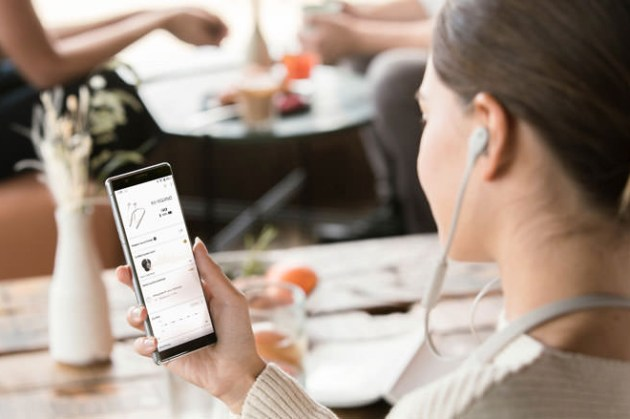 享受音樂不外界干擾,Sony 推出超輕量設計 WI-1000XM2 頸掛入耳主動式降噪耳機!
