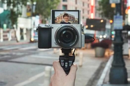 [Camera] Sony 全新APS-C片幅相機α6100高效捕捉精彩瞬間!即日開始預購!