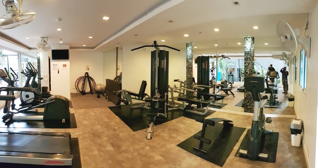 007.The fitness center