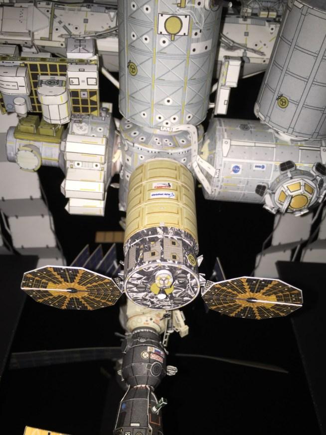 AXM ISS 1:100 scalemodel