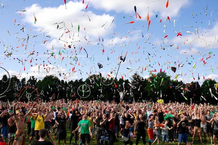 people-celebrating