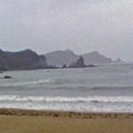 荒天の海を眺めつつ昼食