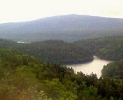 双湖台から見るペンケトー。