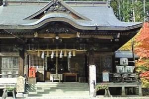 平取の義経神社社殿