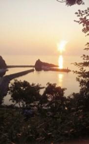 2011/ 7/28 18:28 夕陽台からウトロ漁港を望む