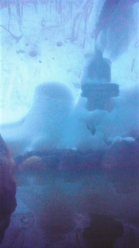 2012/12/29 7:39 雪見露天風呂