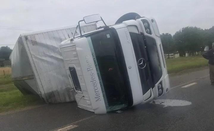 vuelco-camion-ruta-2 25 1 2019