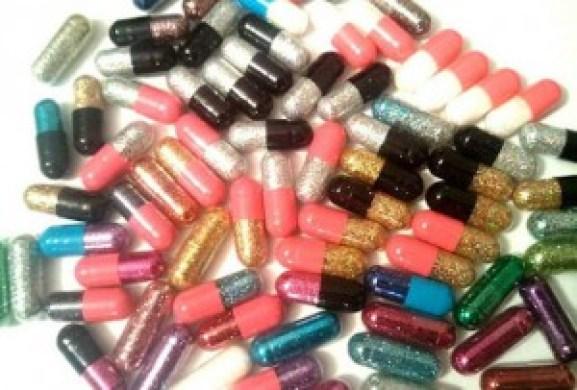 glitter-pills-in-bulk3388853801