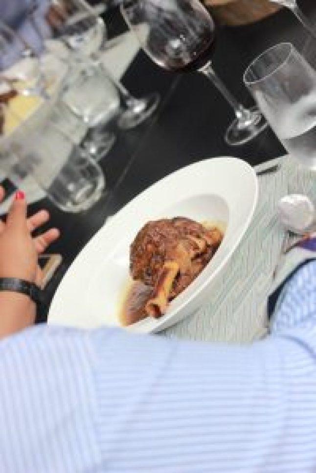 Souris d'agneau... table d'hôte Chuuut