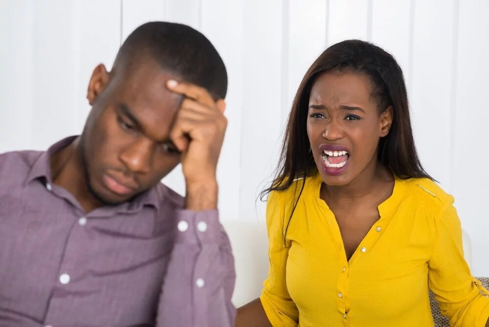 THINGS WOMEN CAN DO THAT ANNOY MEN
