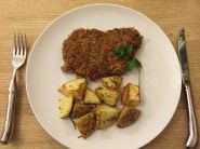 Kotlet schabowy with roasted rosemary spuds