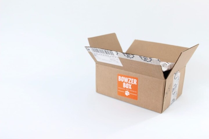 bowzer-box-review-october-2016-2