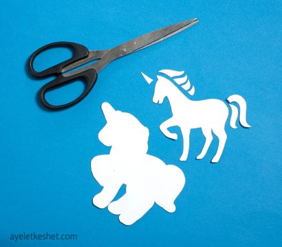 unicorn craft from foam sheets - step 1