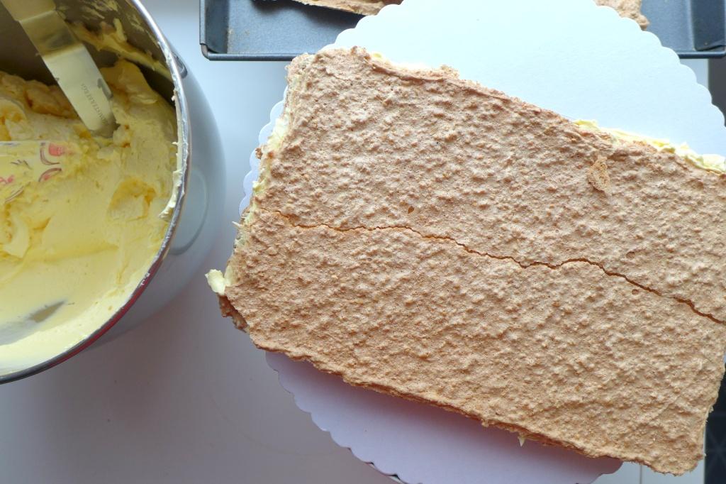 baked meringue layers